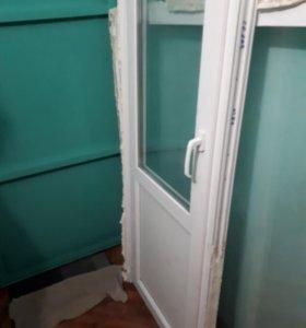 Окно и дверь пластиковое б/у