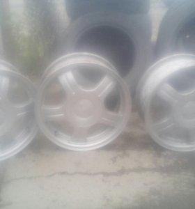 Р 14 диски литые на ВАЗ