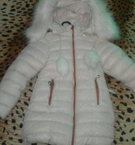 Зимняя куртка на девочку(5-6 лет)