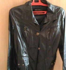 Женская куртка. Натуральная кожа