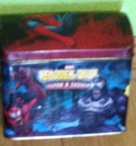 """Карточки """"человек паук"""" с коробкой"""