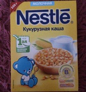 Детская кукурузная каша Nestle