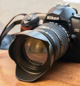 Зеркальная камера Nikon d70s