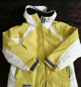 Куртка осень 140размер