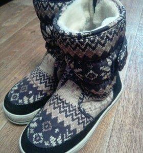 5 пар обуви для девочки