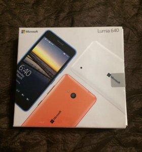 Телефон Microsoft Lumia 640 LTE Dual SIM
