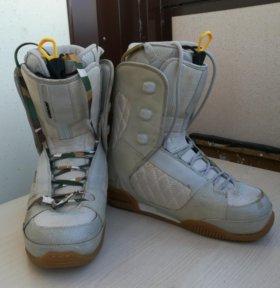 Ботинки сноубордические HEAD 40-41р
