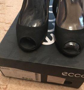 Туфли Ecco из натурального нубука 37 размер