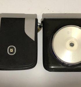 DVD +R, + CD-R, + 2 сумки для дисков.