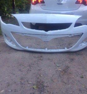 Передний бампер Opel Astra J 2013