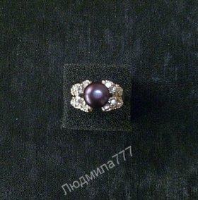 Кольцо женское 17,5 р-р. Жемчуг темно-фиолетовый