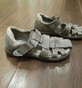 Продам сандали нат.кожа, р28