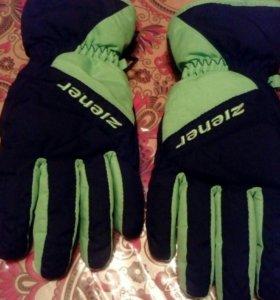 Перчатки прорезиненные ,зимнее