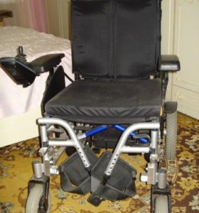Инвалидная электрическая коляска