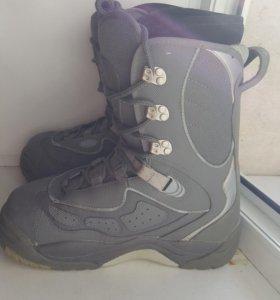 Ботинки для сноуборда USD  38-39 размер