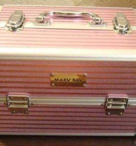 Кейс для декоративной косметики Мери Кей