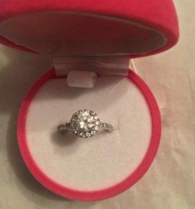 Серебряное кольцо Valtera