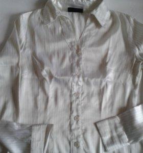 блузки на 42-44 р-р