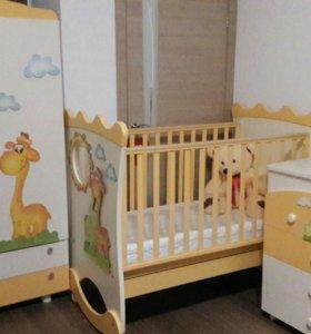 Комод, кроватка, шкаф детский