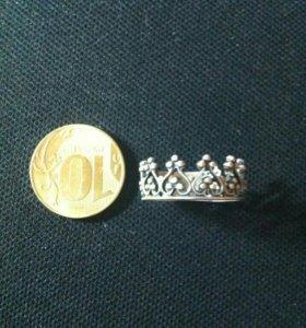 Кольцо Корона. 18 р-р. Серебро 925.