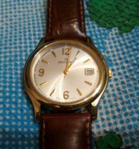 Часы GROVANA