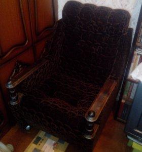 Кресла домашние телевизионные ампир 2 шт и диван