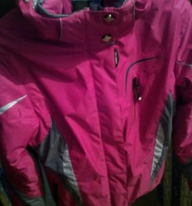 Продам горнолыжную куртку.