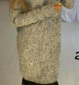 Теплое платье новое