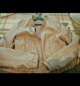 Две кожаные куртки