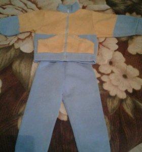 Утепленный костюм 1-2 года.