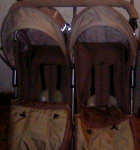 Детская коляска двухместная