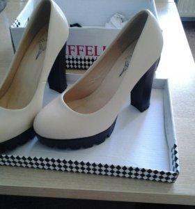 Туфли новые+босоножки