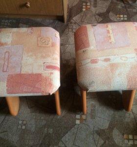 Продам два мягких стула
