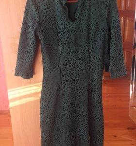 Темно-зеленое платье 42 (44) р-р.
