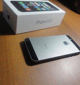 Продам Айфон 5s на 16 гб