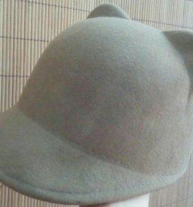 Шляпка с козырьком и ушками 100%шерсть р58