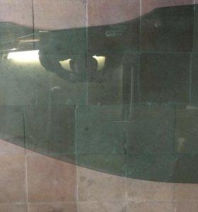 Стекло передней правой двери фокус 2