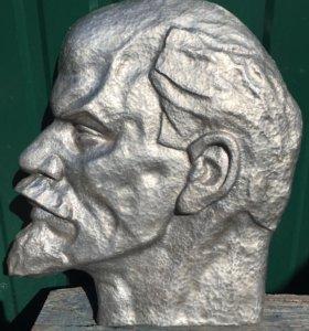 Портрет Ленина из алюминия