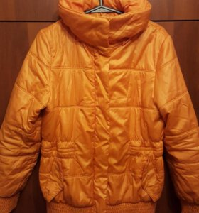 Женские куртка и пуховик