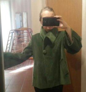 Куртка короткое пальто 44-48р