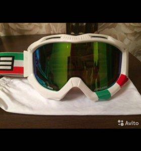 Продам горнолыжные очки