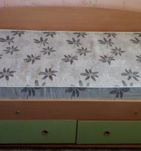 Мебель для детской, комплект-шкаф,пенал,кровать