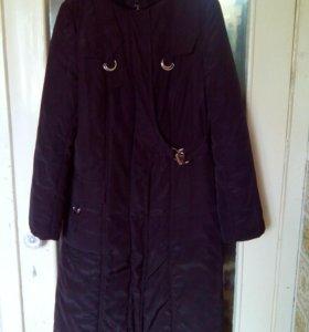 Пальто б/у  болоньевое на синтепоне