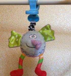Подвесная игрушка Taf Toys