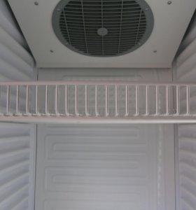 Вертикальная холодильная - ветрина
