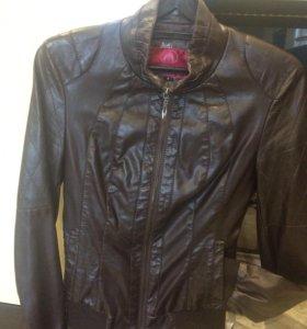 Куртка 40р-р