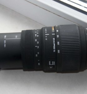 Объектив Sigma AF 70-300mm f/4-5.6 DG MACRO Nikon
