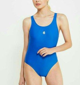 Спортивный купальник.