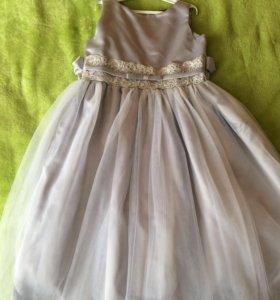 Платье нарядное на 8-9 лет