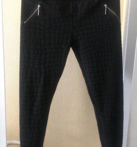 Новые брюки- леггинсы плотные размер S (44-46)